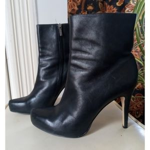 Guess real leather high heeled ankle booties
